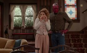 WandaVision, WandaVision - Staffel 1 mit Paul Bettany und Elizabeth Olsen - Bild 13