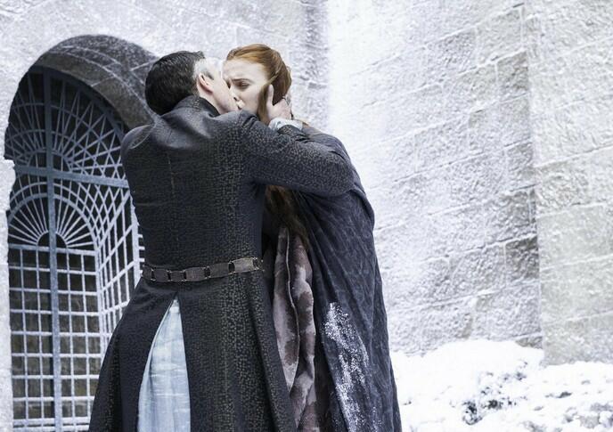 Game of Thrones - Staffel 4 mit Sophie Turner und Aidan Gillen