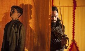 Pan mit Hugh Jackman und Levi Miller - Bild 4