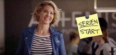 Jenna Elfman in Imaginary Mary