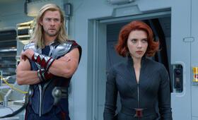 Marvel's The Avengers mit Scarlett Johansson und Chris Hemsworth - Bild 120
