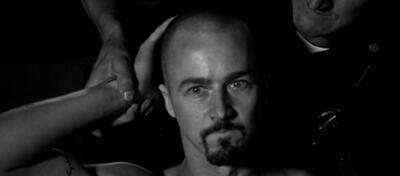 Edward Norton als fanatischer und kompromissloser Skinhead.