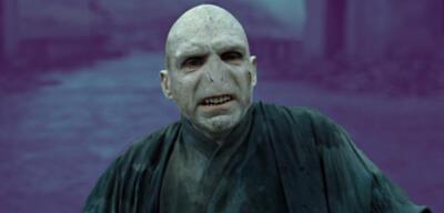 Ralph Fiennes als Voldemort in Harry Potter und die Heiligtümer des Todes 2