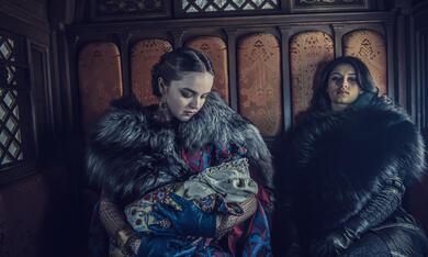 The Witcher, The Witcher - Staffel 1 mit Anya  Chalotra - Bild 11
