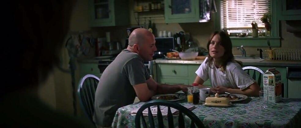 Unbreakable - Unzerbrechlich mit Bruce Willis und Robin Wright