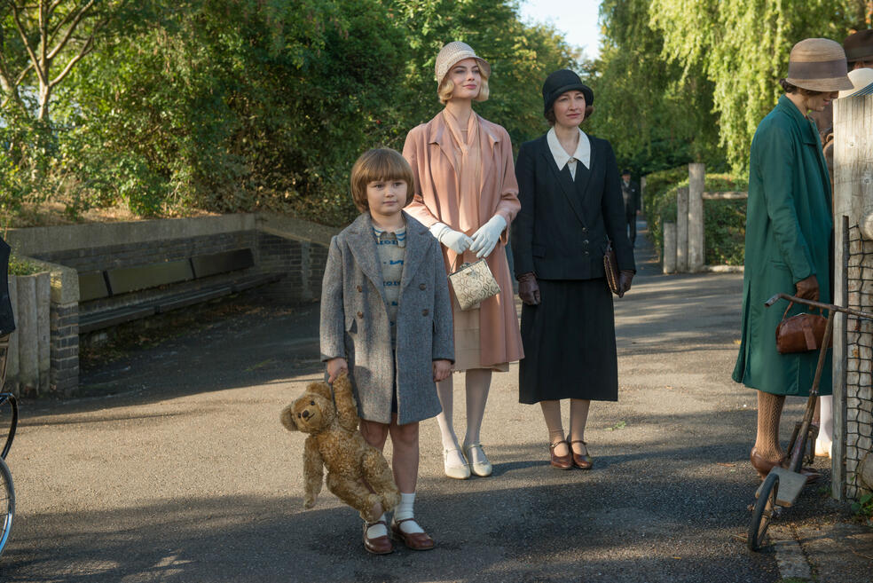 Goodbye Christopher Robin mit Margot Robbie, Kelly MacDonald und Will Tilston