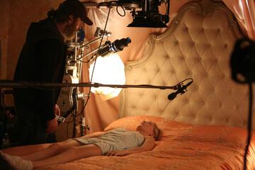 Joaquin Phoenix und Ekaterina Samsonov am Set von A Beautiful Day