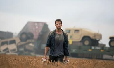 How It Ends mit Theo James - Bild 3
