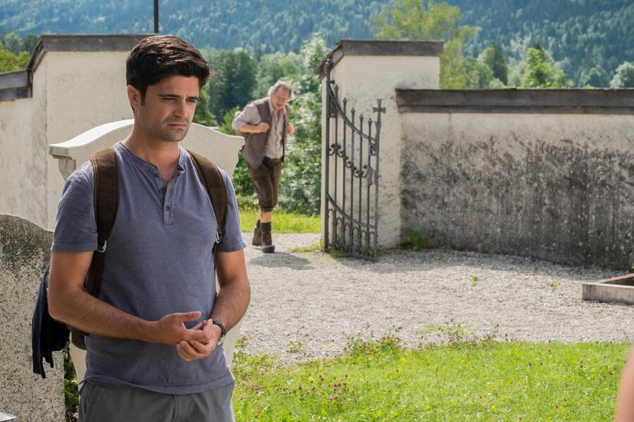Tonio und Julia: Kneifen gilt nicht mit Maximilian Grill