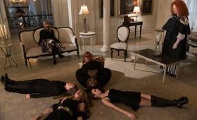 American Horror Story Staffel 3 mit Emma Roberts, Taissa Farmiga, Sarah Paulson, Frances Conroy und Gabourey Sidibe - Bild 4