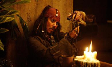 Pirates of the Caribbean - Fluch der Karibik 2 mit Johnny Depp - Bild 11