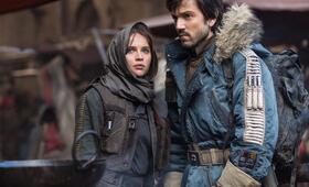 Rogue One: A Star Wars Story mit Felicity Jones und Diego Luna - Bild 36