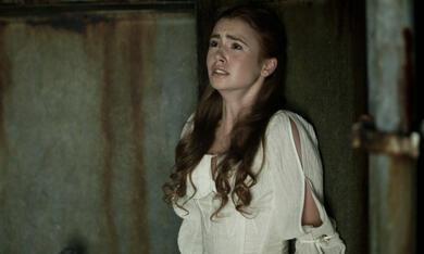Priest mit Lily Collins - Bild 8