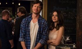 How to Be Single mit Alison Brie und Anders Holm - Bild 13