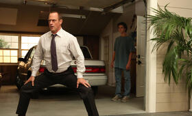 Christopher Meloni in Surviving Jack - Bild 27