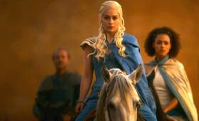 Game of Thrones mit Emilia Clarke und Nathalie Emmanuel - Bild 17