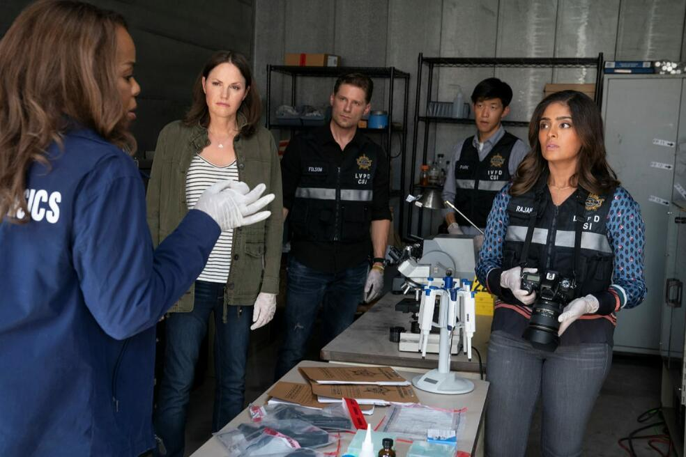 CSI: Vegas, CSI: Vegas - Staffel 1 mit Jorja Fox und Paula Newsome