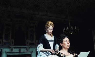 The Favourite mit Emma Stone und Olivia Colman - Bild 2