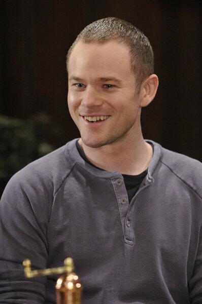 Aaron Ashmore in Warehouse 13