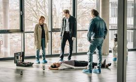 Tatort: Ein Tag wie jeder andere mit Fabian Hinrichs, Dagmar Manzel und Andreas Leopold Schadt - Bild 3
