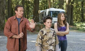 Die Chaoscamper mit Robin Williams, Josh Hutcherson und Joanna 'JoJo' Levesque - Bild 62