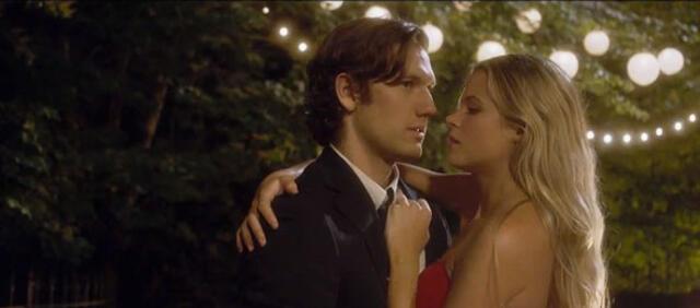 Alex Pattyfer und Gabriella Wilde in Endlose Liebe