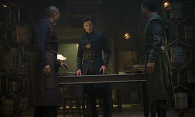 Doctor Strange mit Benedict Cumberbatch und Benedict Wong - Bild 7