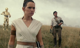 Star Wars 9: The Rise of Skywalker mit Oscar Isaac, Daisy Ridley, John Boyega, Anthony Daniels und Joonas Suotamo - Bild 7