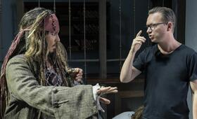 Pirates of the Caribbean 5: Salazars Rache mit Johnny Depp und Espen Sandberg - Bild 1