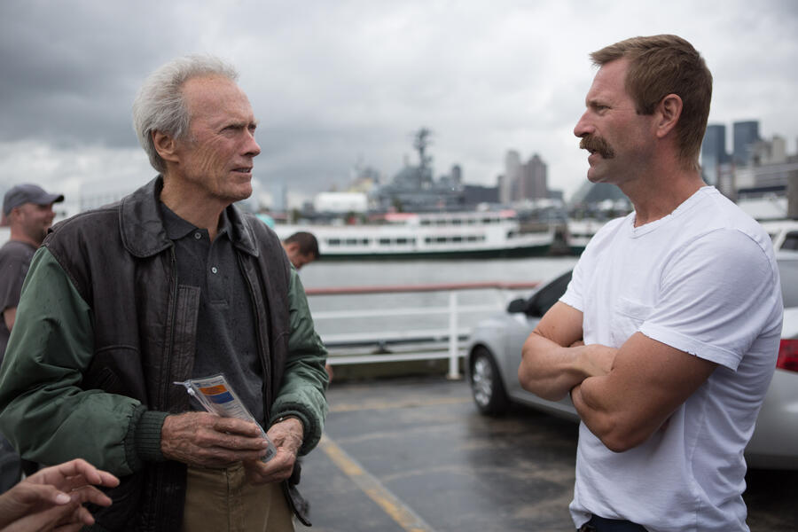 Sully mit Clint Eastwood und Aaron Eckhart