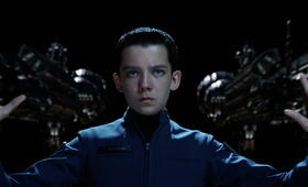 Asa Butterfield - Bild 82