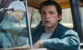 The Devil All the Time mit Tom Holland - Bild 2