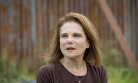 Tovah Feldshuh in The Walking Dead - Bild 6