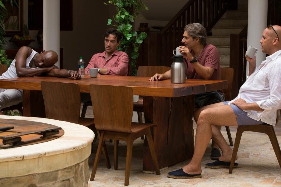Mad Dogs mit Michael Imperioli