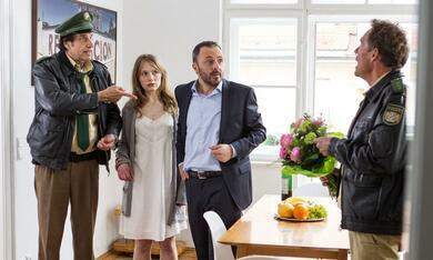 Hubert und Staller - Unter Wölfen mit Christian Tramitz, Anna Brüggemann, Helmfried von Lüttichau und Robert Schupp - Bild 3
