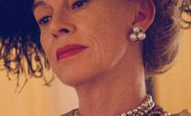 Feud, Feud Staffel 1 mit Judy Davis - Bild 16