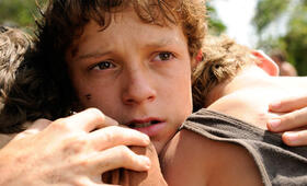 Tom Holland in The Impossible - Bild 56