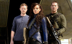 Aaron Ashmore in Killjoys - Bild 12