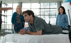 Stronger mit Jake Gyllenhaal, Tatiana Maslany und Miranda Richardson - Bild 2