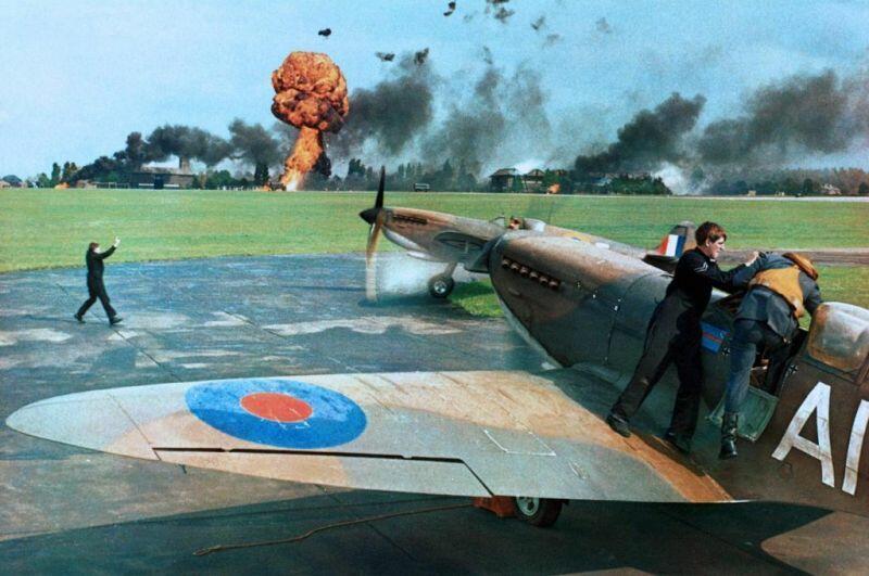 Luftschlacht Um England Film Youtube