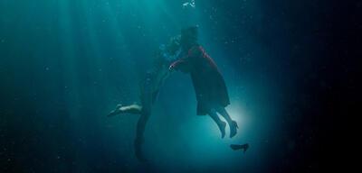 Shape of Water erzählt die Liebesgeschichte zwischen Elisa und einer Wasserkreatur