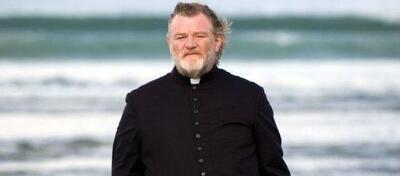 Brendan Gleeson als zweifelnder Priester in Calvary