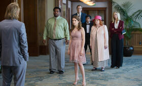 Table 19 mit Anna Kendrick, Craig Robinson, Stephen Merchant, Tony Revolori und June Squibb - Bild 15