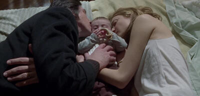 Adam Driver undAlba Rohrwacher nebst Baby in Hungry Hearts