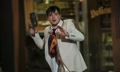 Future Man, Future Man - Staffel 1 mit Josh Hutcherson - Bild 3