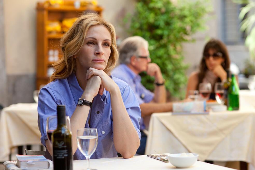 In Italien lernt Elizabeth Gilbert (JULIA ROBERTS) ein völlig neues Lebensgefühl kennen.