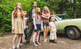 Schloss aus Glas mit Woody Harrelson, Naomi Watts, Eden Grace Redfield, Sadie Sink, Ella Anderson und Charlie Shotwell - Bild 63