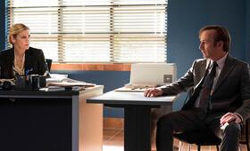 Better Call Saul Staffel 3 mit Bob Odenkirk und Rhea Seehorn - Bild 12