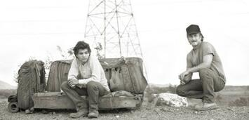 Bild zu:  Sean Penn (re.) und Emile Hirsch (li.) bei Dreharbeiten zu Into the Wild