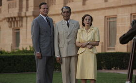 Der Stern von Indien mit Gillian Anderson, Hugh Bonneville und Denzil Smith - Bild 1
